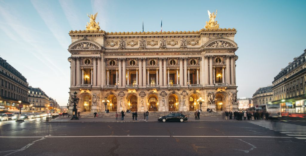 Close to the majestic Opéra Garnier