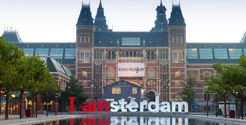 Stay just 10 minutes walk from the Rijksmuseum and Van Gogh Museum...