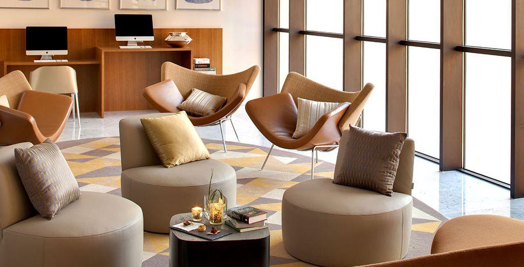 renaissance hotel aix en provence 5 voyage priv up to 70. Black Bedroom Furniture Sets. Home Design Ideas