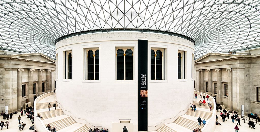Including the nearby world famous British Museum, home to thousands of pieces of art, history, and culture