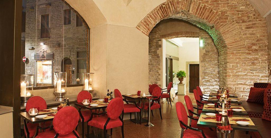 Indulge in a romantic evening at the Santa Elisabetta restaurant
