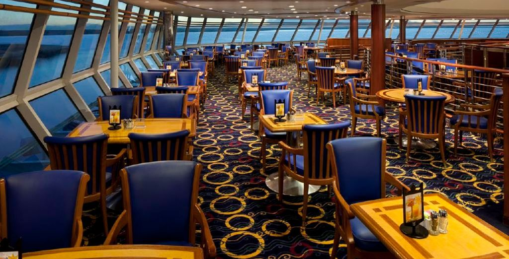 And 360' views out to sea in the Viking Crown Lounge