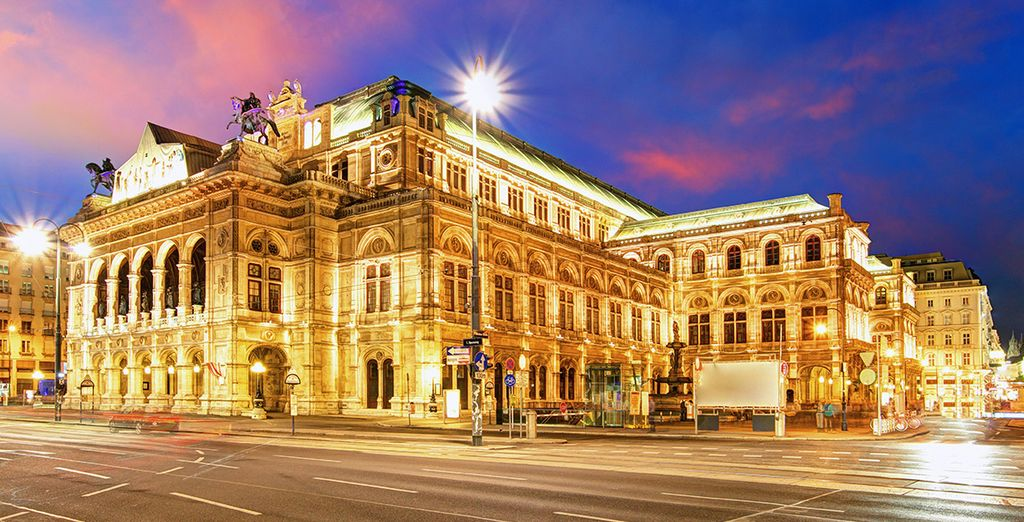 In the evening, a visit to the State Opera House would be perfect for a special occasion