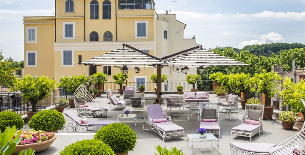 A beautiful 4-star hotel perfectly located in the center of Rome