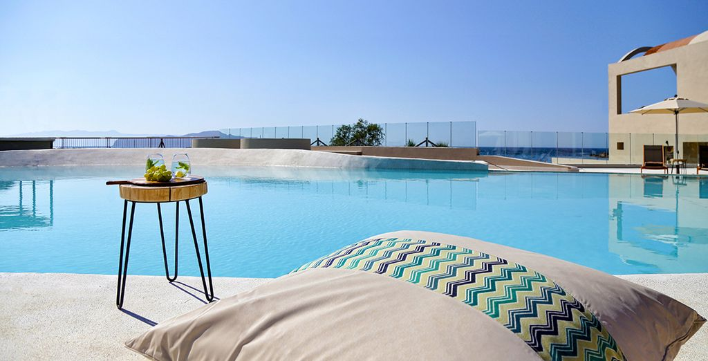 Discover a new luxury hotel, Domes Noruz Chania Autograph Collection 5*
