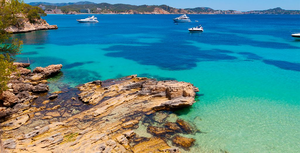 Let yourself be captivated by the beauty of the Balearic Islands
