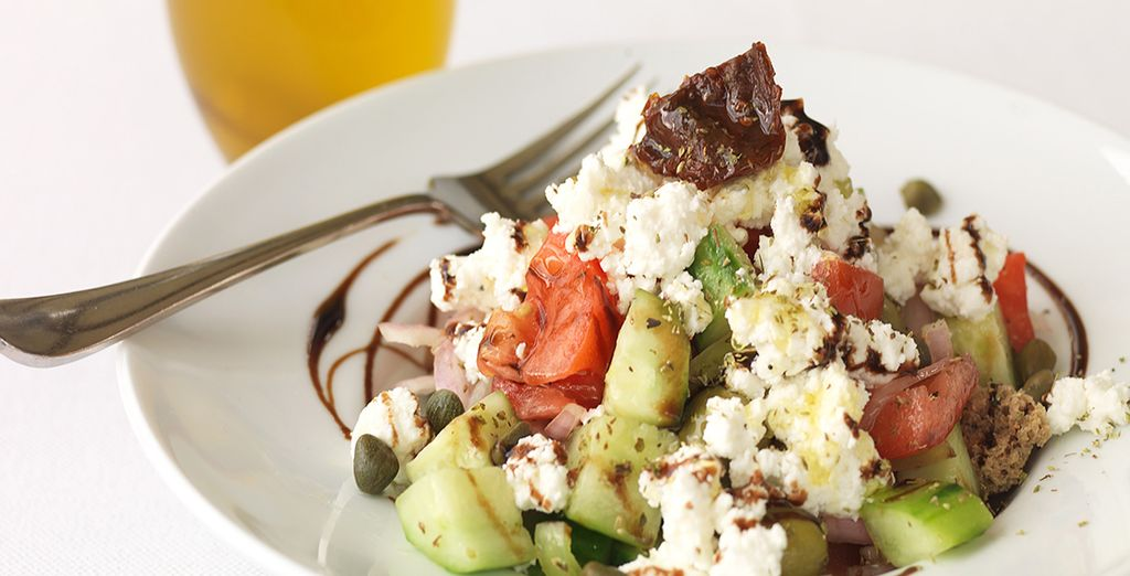 Meals are freshly prepared with traditional Greek and Mediterranean ingredients