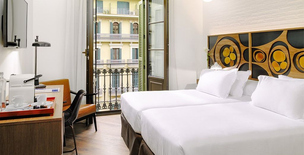 Stay in a bright and spacious Ramblas Room