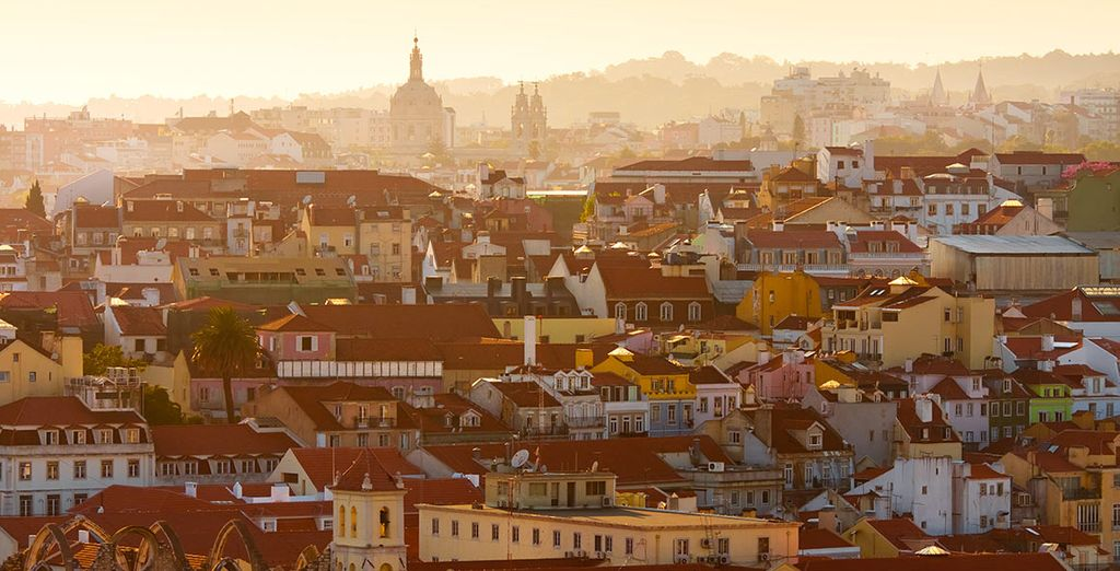 Explore the charming city's arrchitecture, art and food