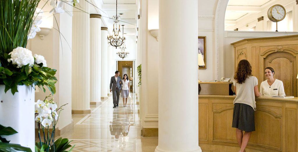 Venture to the lobby for more majesty