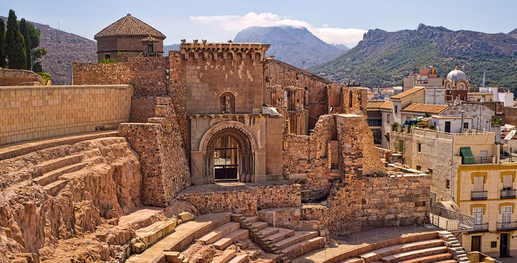 Relish the history treasures of Cartagena