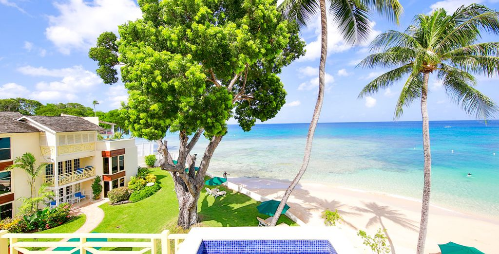 Relax yourself in Barbados during your sun holidays in luxurious hotels