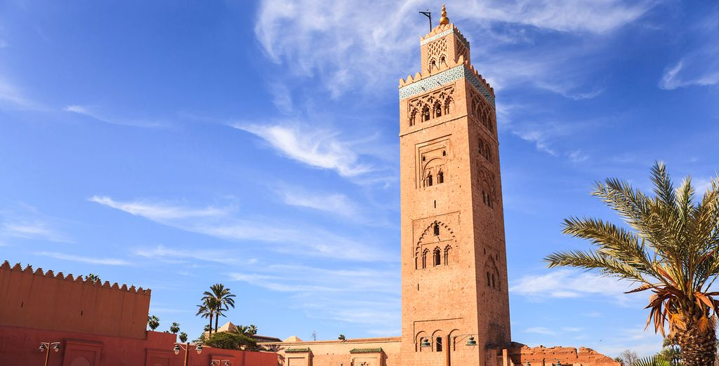 Discover beautiful buildings in Marrakech