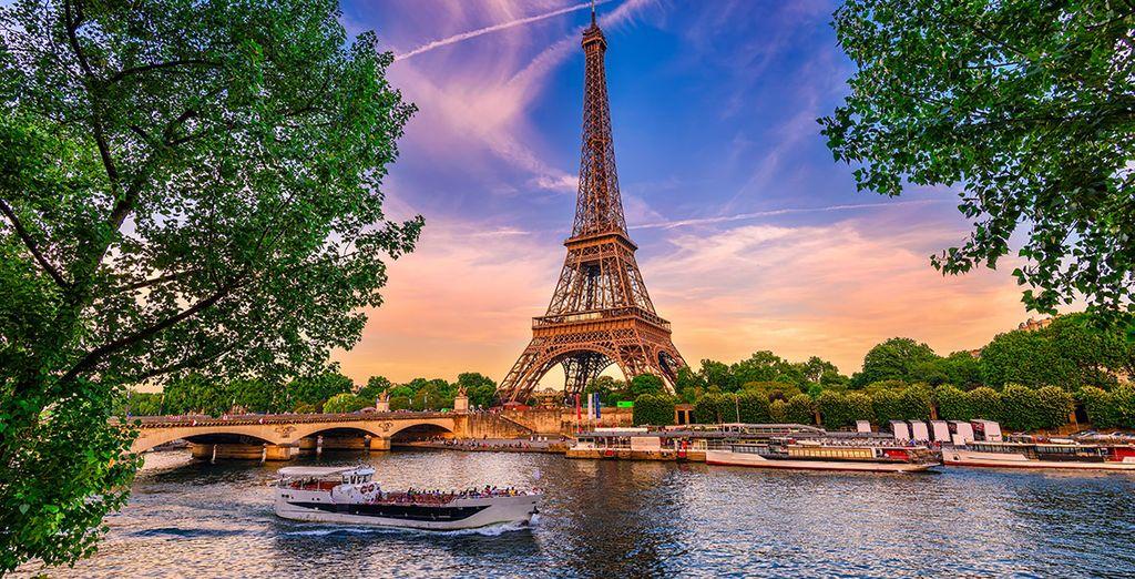Hotel & holidays in Paris