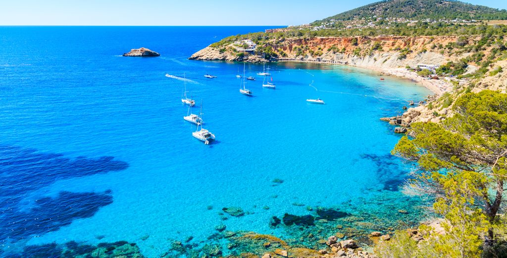 Ibiza, perfect destination for a last minute trip