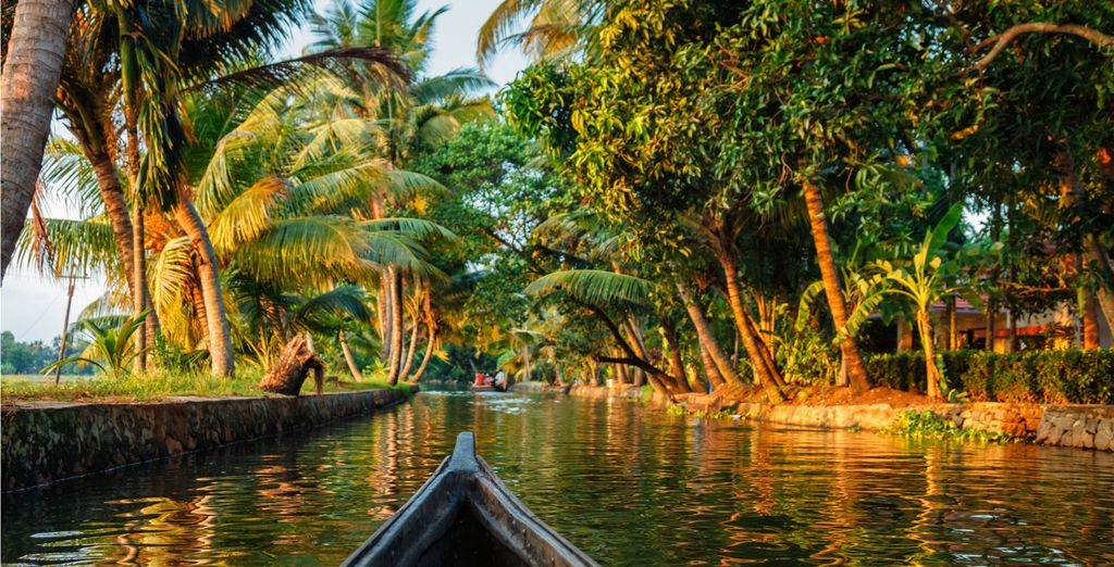 Visit the enchanting country of India