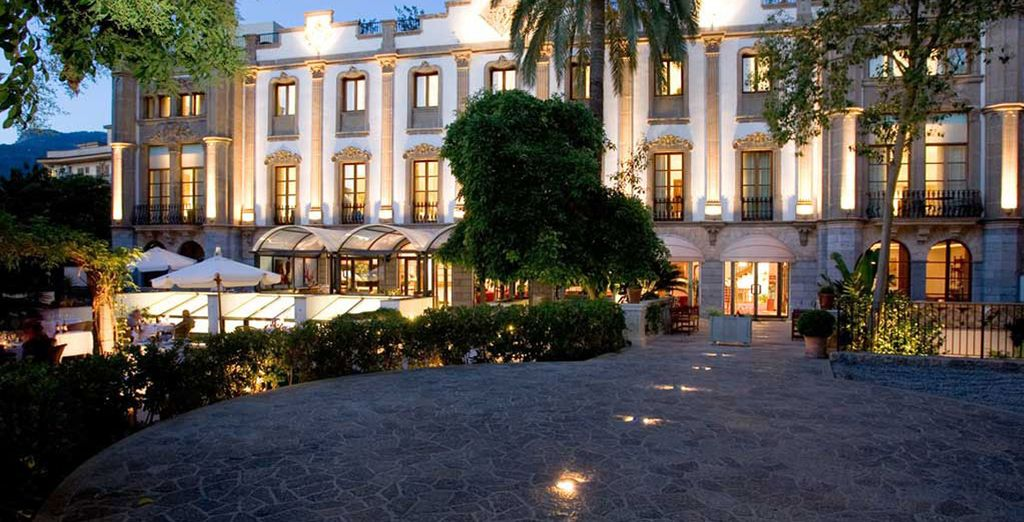 Approach the restored historic building of the Gran Hotel Soller - Gran Hotel Soller 5* Mallorca