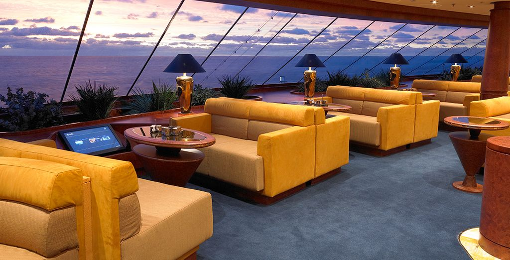 Or take in panoramic sunset views from one of the lounges