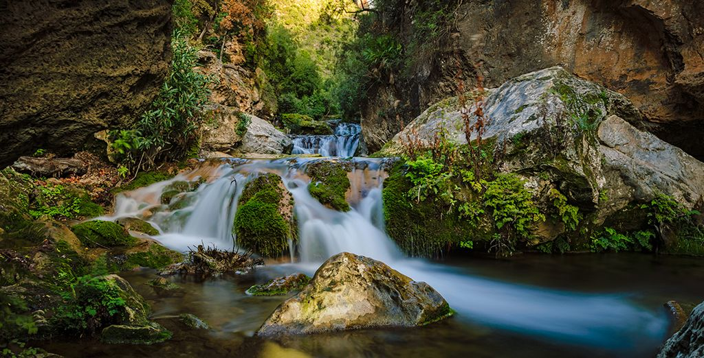 And Akchour cascades