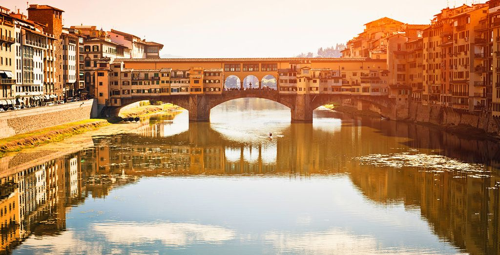 Just 5 minutes walk from the famous Ponte Vecchio