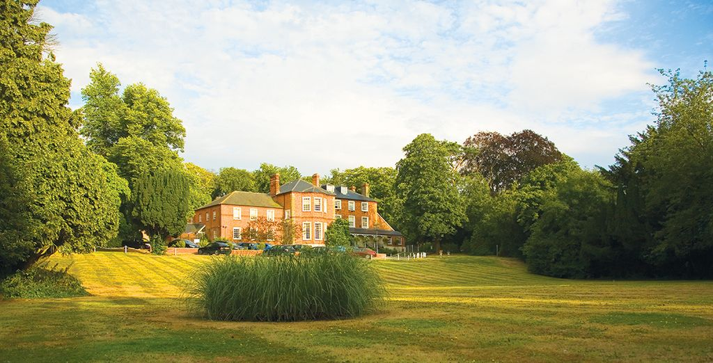 And live a life of luxury at Brandshatch Place Hotel & Spa