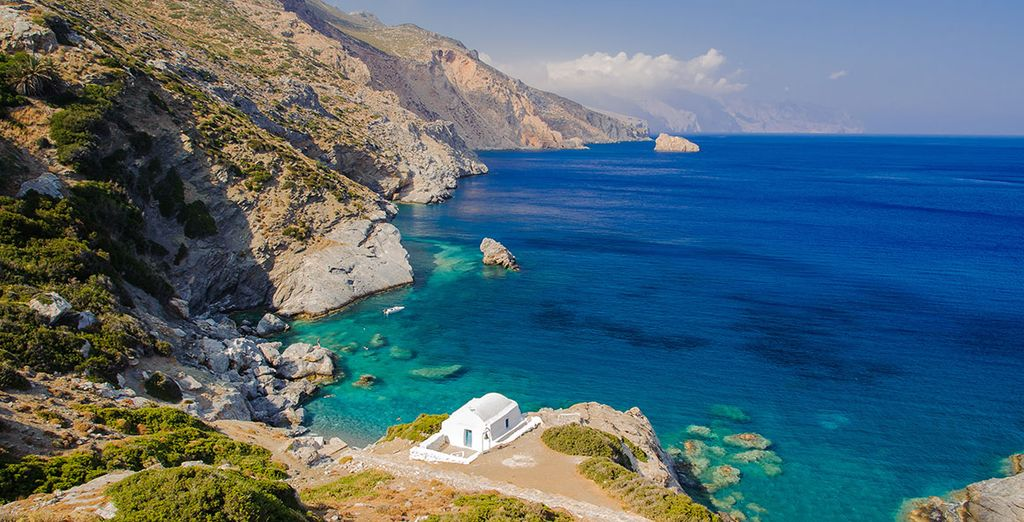 Experience Ionian Islands and its beautiful landscapes