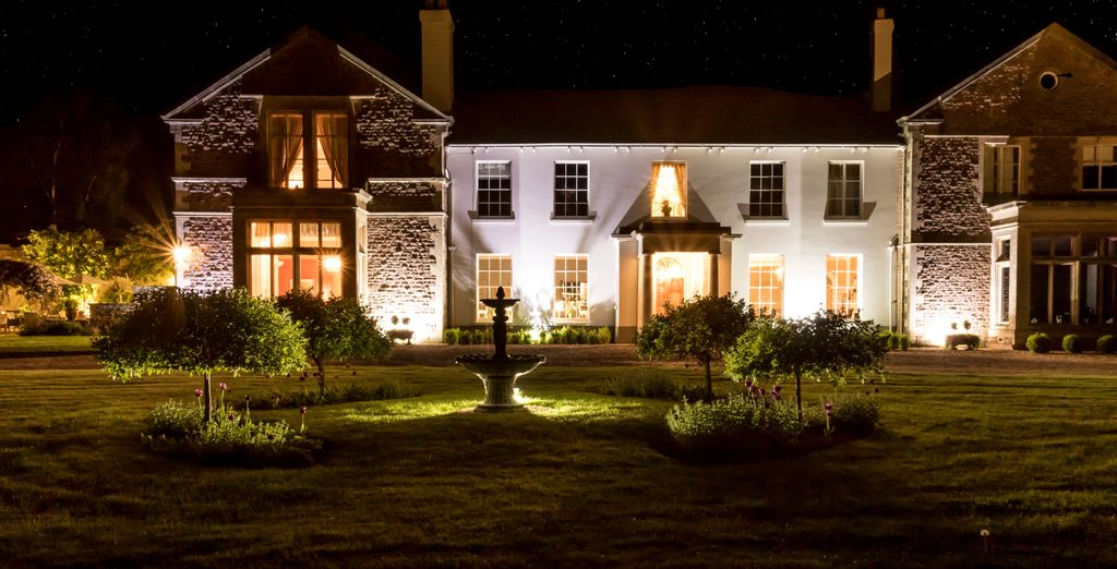Glewstone Court Country House - new year breaks in the UK