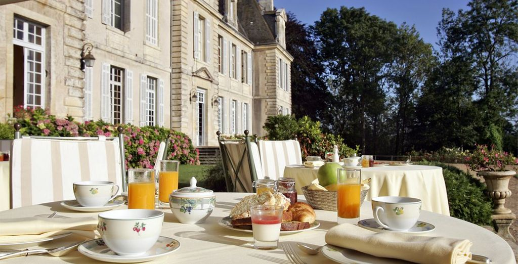 Enjoy your breakfast outside in the summer months