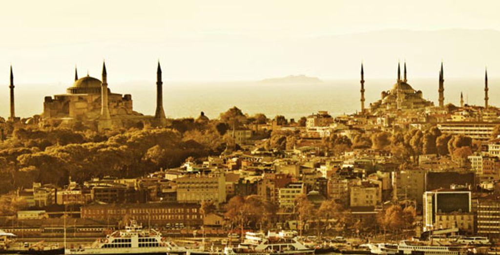 - Caratpark Hotel Taksim**** - Istanbul - Turkey Istanbul