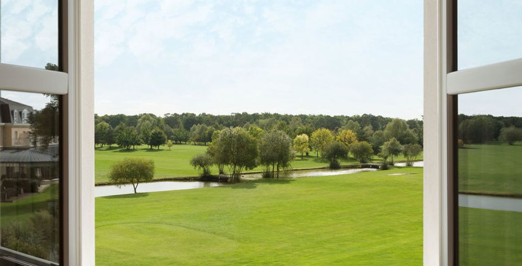 And boasts fantastic views of the golf course