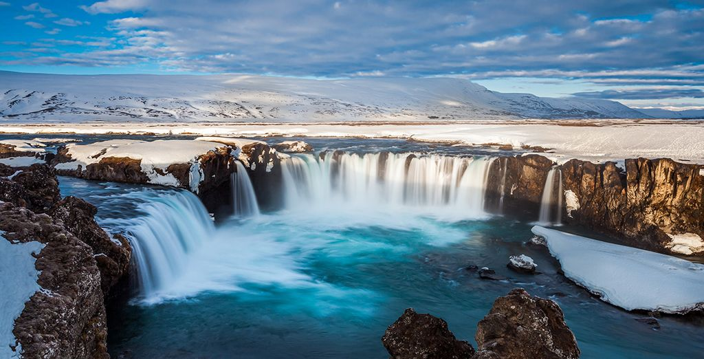 The wonders of Iceland await you!