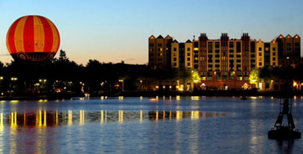- Disney's Hotel New York**** - Disneyland® Paris - France Disneyland® Paris