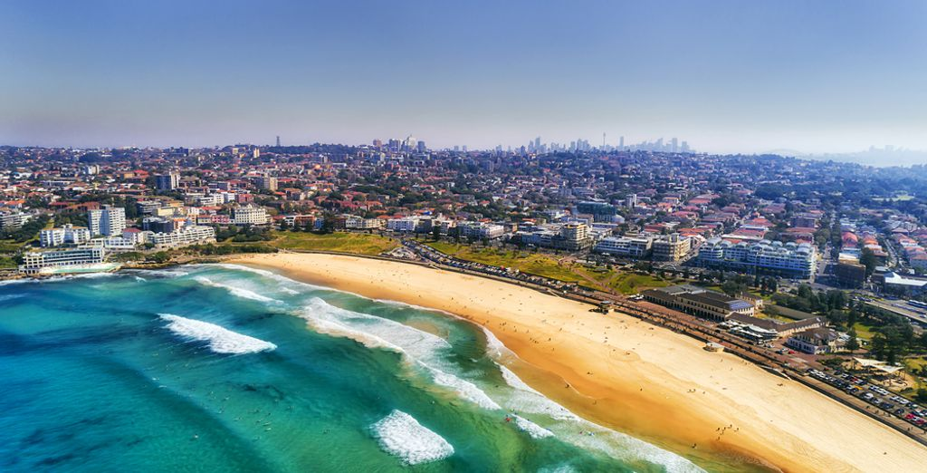 The famous and beautiful Bondi Beach in Sydney