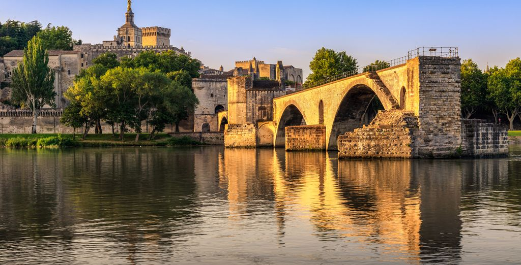 Your hotel is within easy reach of great locations such as Avignon