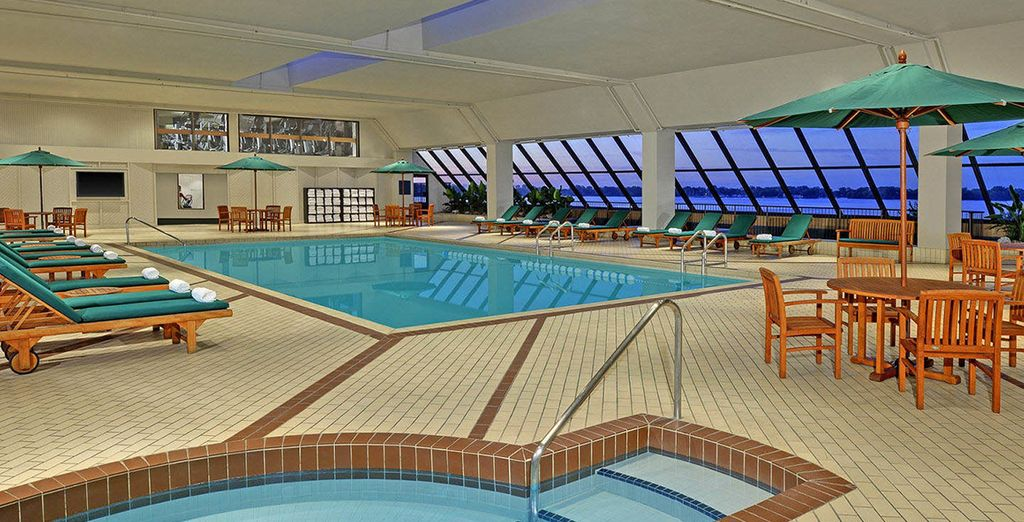 Westin Harbour Castle Toronto - hotel with indoor pool