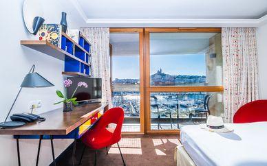 Hotel La Résidence du Vieux Port 4*