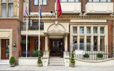 Knightsbridge Apartments @ The Capital 5*