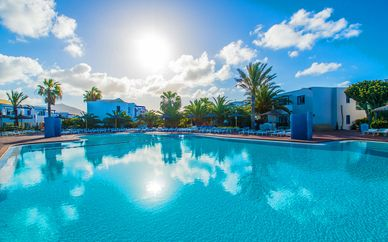 HL Paradise Island 4*