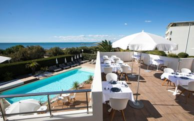 Hôtel La Plage Art & Emotions 5*