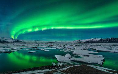 Winter Northern Lights Spa Getaway 3*