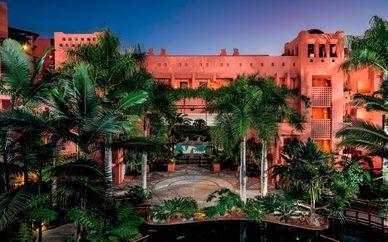 Mystery Hotel 5*