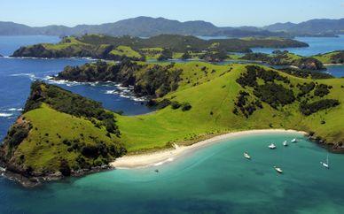New Zealand Fly Drive with Dubai Stopover