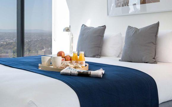 Aria Hotel Apartments 4 * in Melbourne