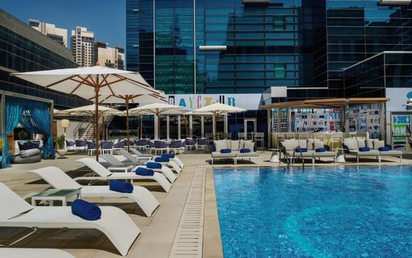 Hotel Doubletree by Hilton Business Bay 4*