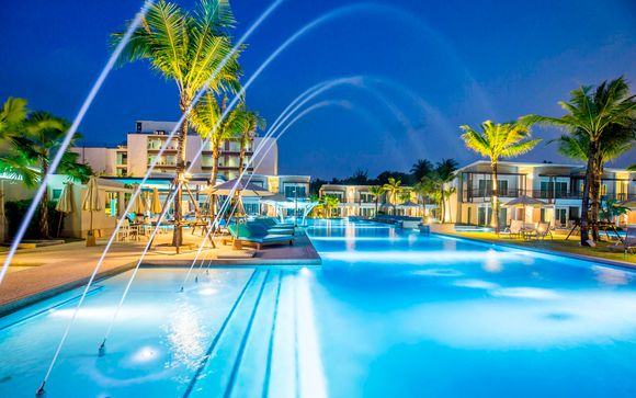 Centre Point Silom 4* y The Waters Khao Lak 4*