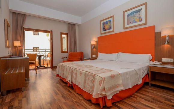 Hotel Costa Narejos 4*