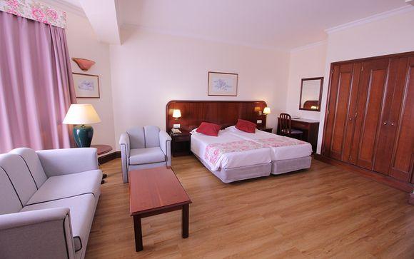 Suite Hotel Jardins D'Ajuda 4*