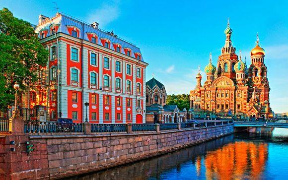 Crucero a través los hermosos paisajes del Volga en verano