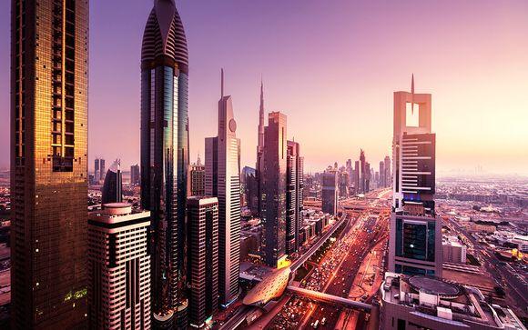 Impresionante skyline en Deluxe y vuelos con Emirates
