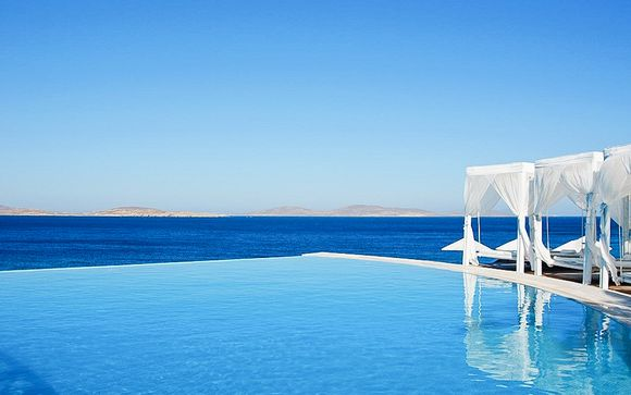 Lujo paradisíaco con vistas al Egeo